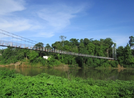 Simsang foot-bridge